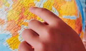 Educație prin joc: afostodata.net lansează Povești în jurul lumii