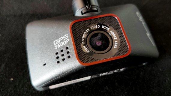 Review Cameră video auto Mio MiVue 795 - premium și cu înregistrare de calitate