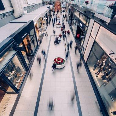 COVID-19 | Revenire peste așteptări pentru retail