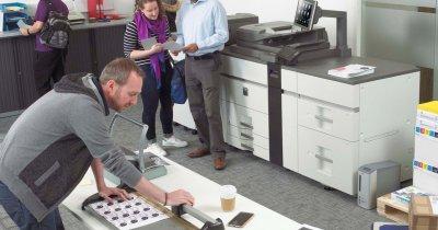 Sharp, distribuitor nou pe piața din România pentru imprimante și software
