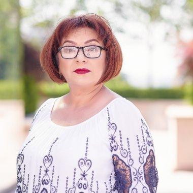 Tanti Gica, antreprenoare: de la Combinatul Metalurgic la conservele copilăriei