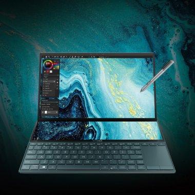 Noul laptop Asus ZenBook Duo cu touchscreen&două ecrane, disponibil în România
