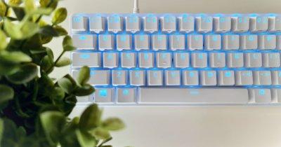 REVIEW Razer Huntsman Mini - tastatură de 60% pentru productivitate 100%