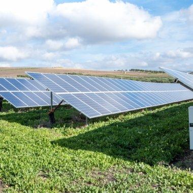 Proiectul Electric-Up, fonduri pentru energie regenerabilă: în Monitorul Oficial