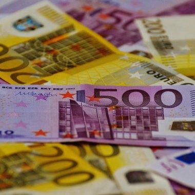 Simplificarea reglementărilor internaționale poate aduce 100 mld € pentru Europa