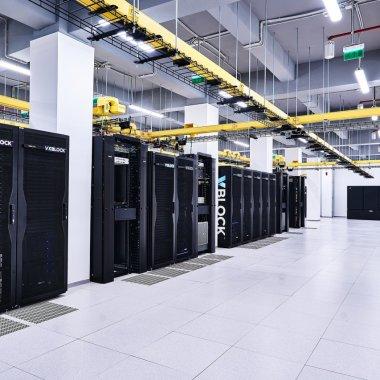 Investiție de 3,5 milioane de euro în Cluj: Telekom inaugurează 2 centre de date