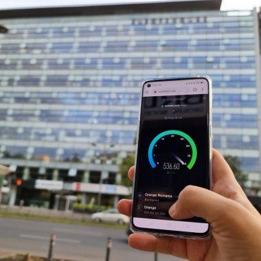 Ce faci cu 5G pe telefon și cât de bună e acoperirea Orange în București