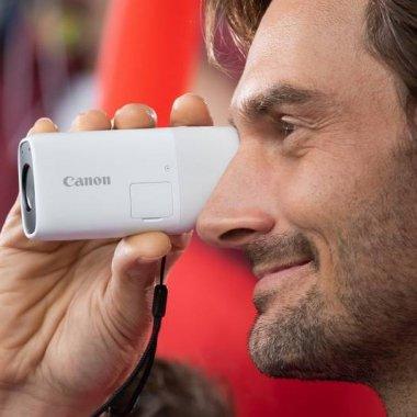 Canon lansează aparatul cu zoom ca să pozezi de la depărtare păsările favorite