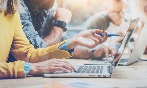 Studiu Codecool: De ce ar alege românii o carieră în IT