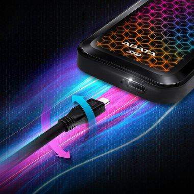Acest nou SSD extern de la ADATA vine la pachet cu un spectacol de lumini