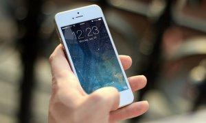 Black Friday 2020 - Startup-ul Flip.ro pune la bătaie telefoane recondiționate