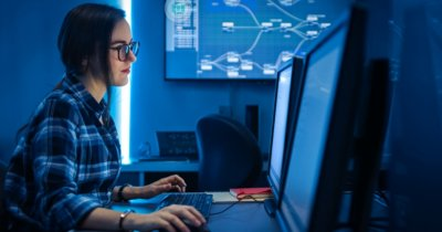 IBM Open P-TECH: Pregătește-te gratuit pentru joburile viitorului