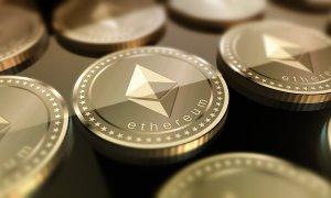 "Analist eToro: ""Ethereum poate atinge 2.500 de dolari în 2021"""
