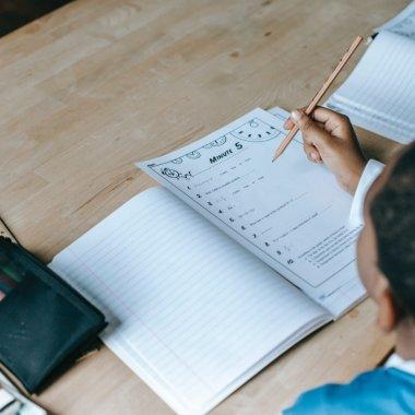 Brio lansează teste pentru evaluarea nivelul de alfabetizare funcțională