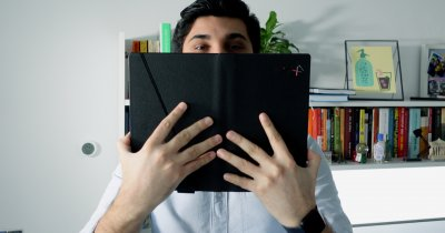 Review Lenovo ThinkPad X1 Fold - primul PC pliabil din lume