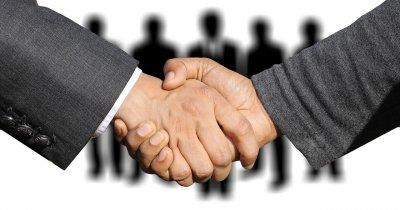 KPMG: Piața de Fuziuni și Achiziții va crește în 2021. Ce companii sunt căutate