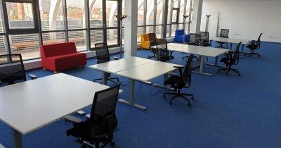 Pandemia a revoluționat munca de acasă - birourile reglabile sunt noul trend