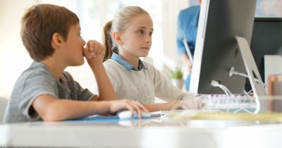 Școala de programare Academia Micilor Developeri, dublare în pandemie