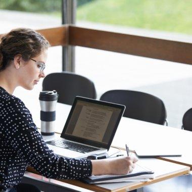 SAS, program de instruire în data science pentru 5000 de specialiști din România