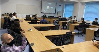 Două noi programe de accelerare pentru studenții din România