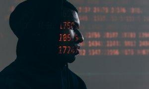 Hackerii vor să-ți fure banii de pe card pretinzând că sunt firme de curierat