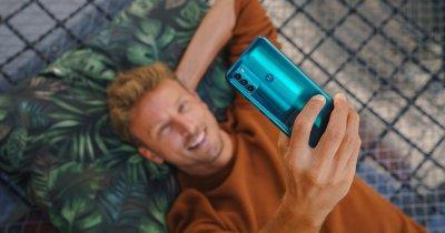 Motorola lansează cel mai accesibil telefon 5G din gama moto g