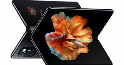 Mi MIX FOLD, primul smartphone pliabil Xiaomi are cameră foto cu lentile lichide