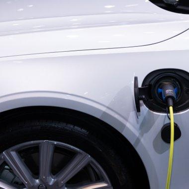 Xiaomi va produce și automobile electrice