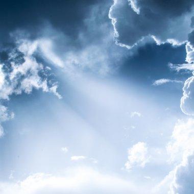 Raport Veeam: cum te ajută cloud-ul să protejezi datele firmei tale