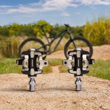 Garmin lansează pedalele inteligente pentru cicliștii pasionați de date exacte
