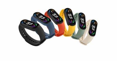 Cel mai popular fitness tracker de la Xiaomi ajunge în România: Mi Smart Band 6