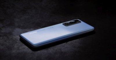 Smartphone-urile vivo, disponibile oficial la eMAG