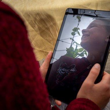 Narada: 7.000 de copii și profesori conectați la învățământul online în 6 luni