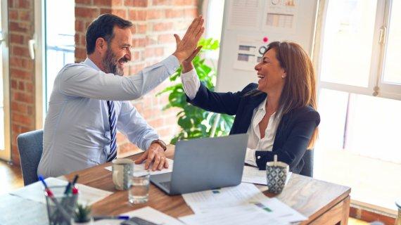 Disting managerii între cultura organizațională, climat, structuri și ierarhii?