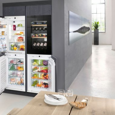 Cum să îți amplasezi corect aparatele frigorifice în bucătărie