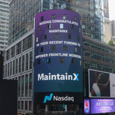MaintainX, cofondat de un român, 39 de mil. $, inclusiv de la Daniel Dines