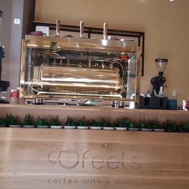 Cofeels, cafenea socială în Cluj-Napoca. 90% din profit va fi donat