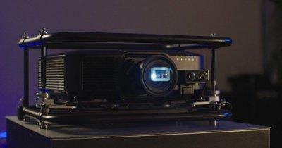 Epson sărbătoreşte 20 de ani ca lider mondial în industria videoproiectoarelor