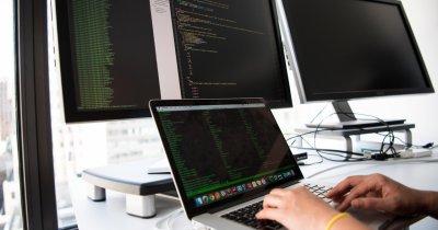 Pentru a accesa poziții remote în IT plătite bine trebuie să ai firmă sau PFA