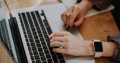Burse pentru femeile care vor să devină programator în România