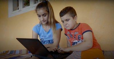 10.000 de elevi recuperează materia pierdută la școala pe platforma Naradix
