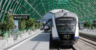 CFR și BCR introduc plata contactless în trenurile de la aeroport în București