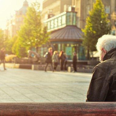 8 din 10 angajați români iau în calcul să muncească și după ieșirea la pensie