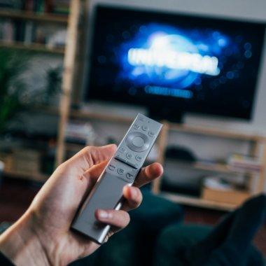 Oamenii trebuie să știe: cumpărăm gadgeturi de casă tot din magazine fizice