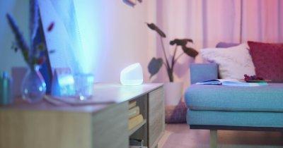 Signify lansează noi produse WiZ: lămpi de masă și accesori inteligente