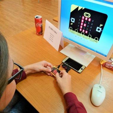 Un nou laborator de robotică pentru elevii care doresc o carieră în domeniu