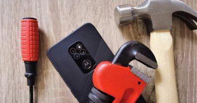 REVIEW Motorola Defy: Smartphone rugged cu accent pus pe design
