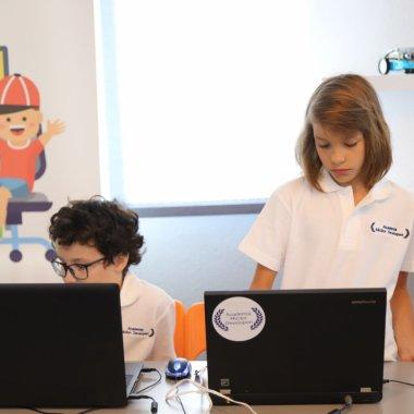 Cursuri de programare pentru copii: interes din ce în ce mai mare în România