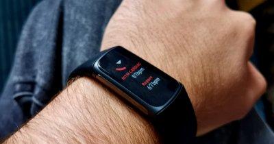 REVIEW Fitbit Charge 5: Tot ce ți-ai putea dori de la un fitness tracker