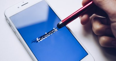 Facebook își schimbă numele. Modificarea ar putea avea loc în curând